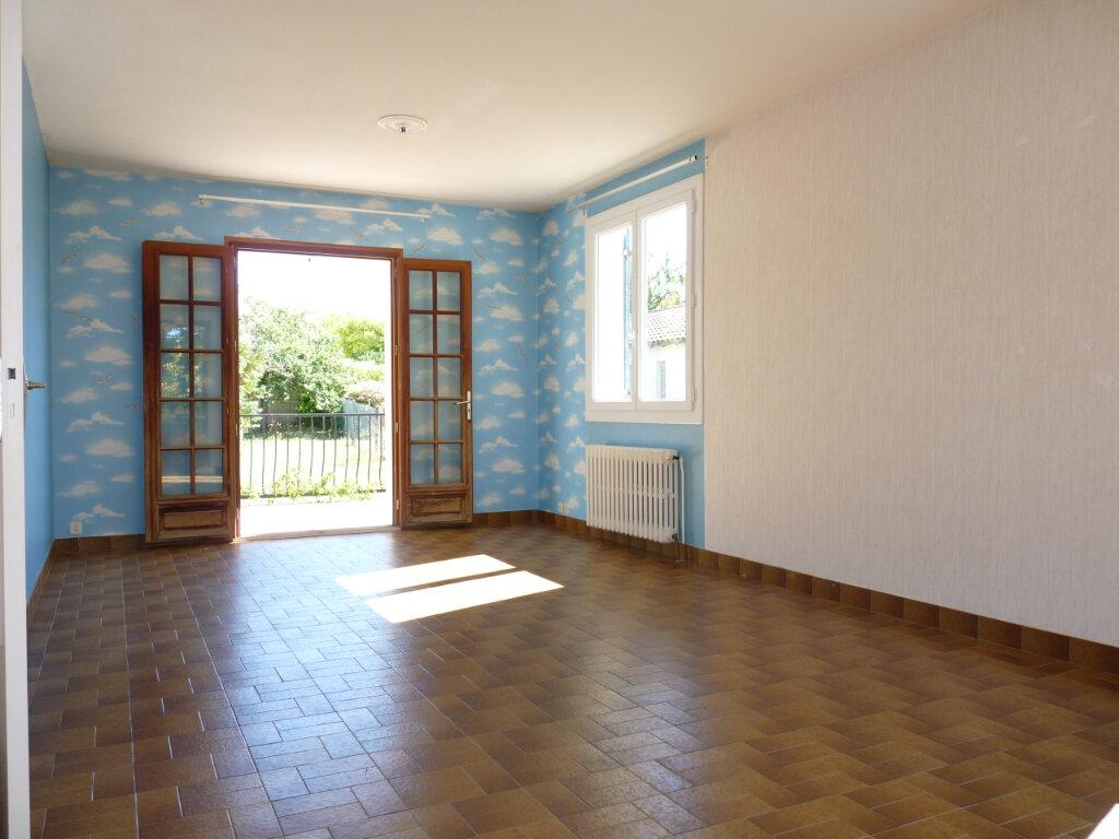 Maison à vendre 5 128m2 à Royan vignette-2