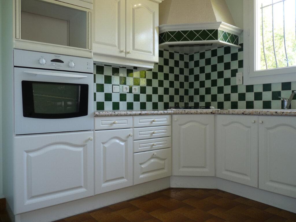 Maison à vendre 5 128m2 à Royan vignette-4