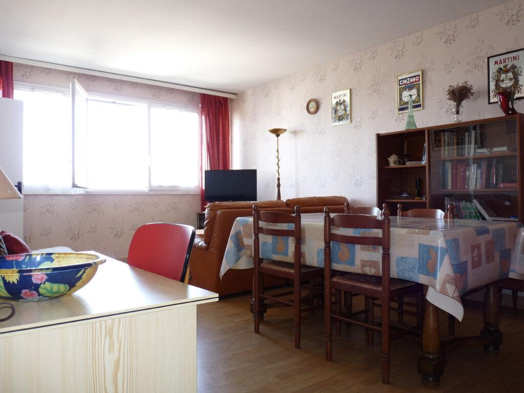 Appartement à vendre 2 57.11m2 à Royan vignette-3