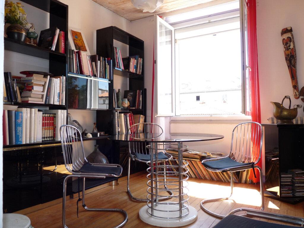 Appartement à vendre 4 82m2 à Royan vignette-1
