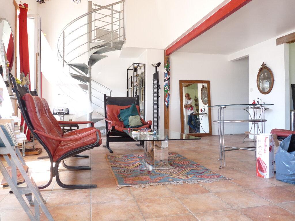 Appartement à vendre 4 82m2 à Royan vignette-3