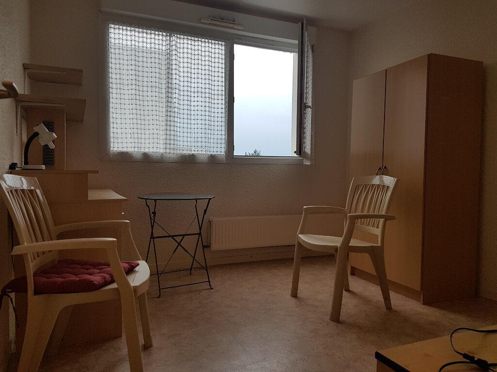Appartement à vendre 1 18m2 à Royan vignette-1