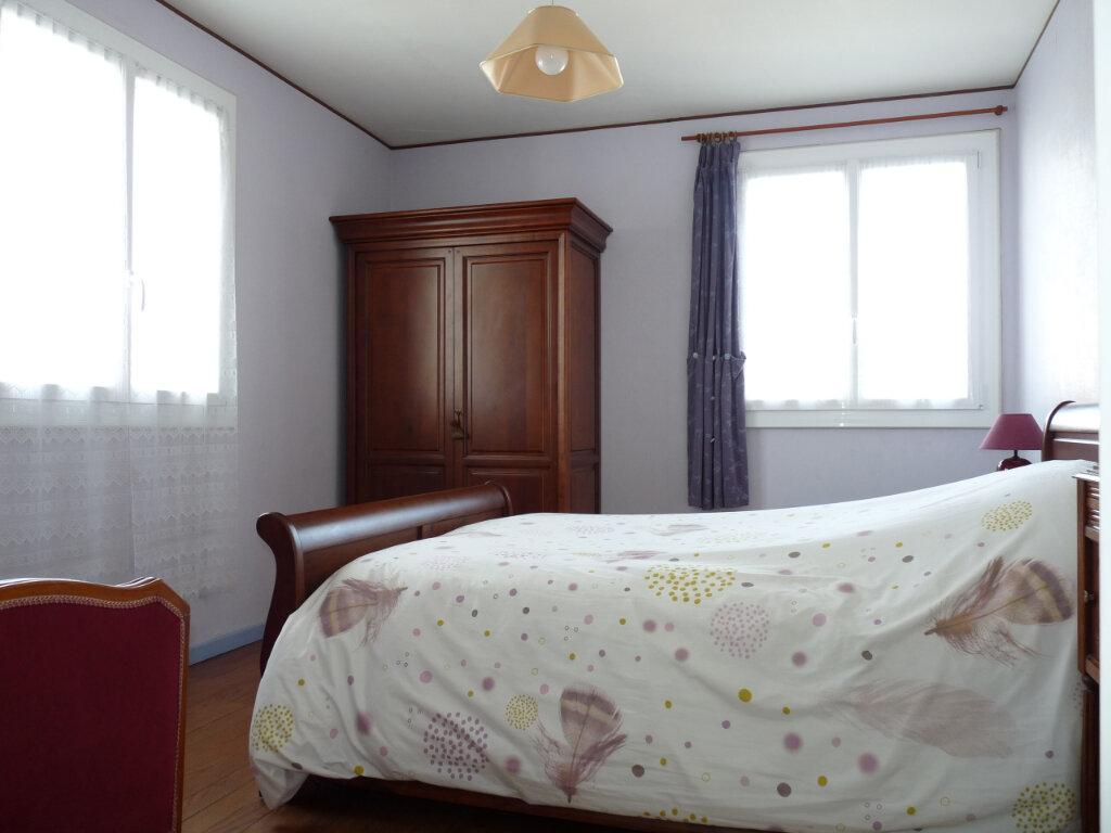 Appartement à vendre 4 95.42m2 à Royan vignette-6