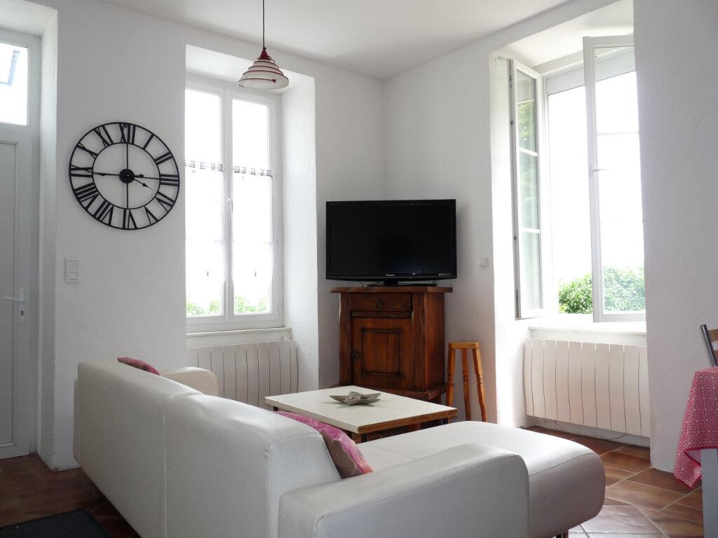 Maison à vendre 4 105m2 à Semussac vignette-2