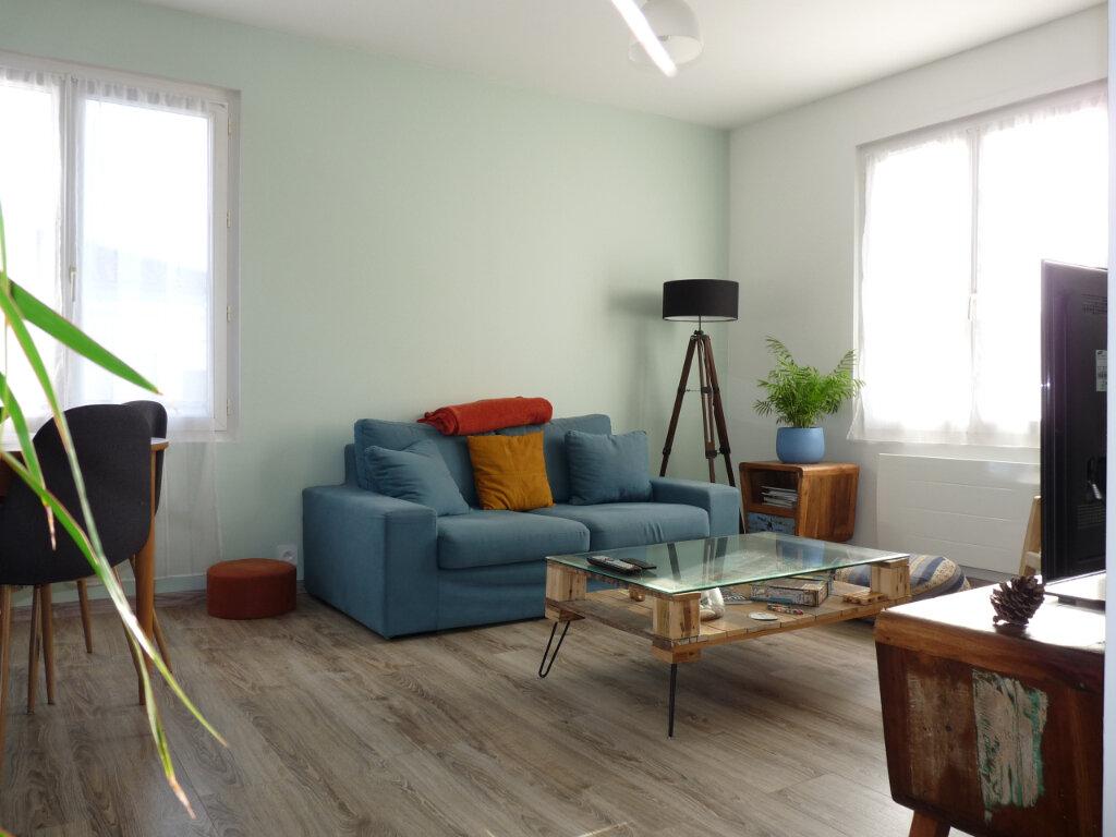 Appartement à vendre 3 58m2 à Royan vignette-1