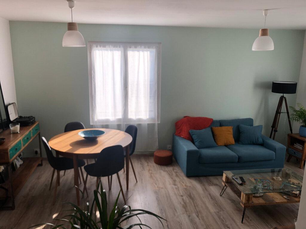 Appartement à vendre 3 58m2 à Royan vignette-3