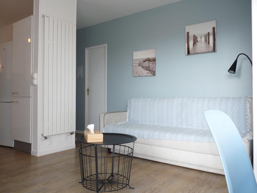 Appartement à vendre 2 42m2 à Royan vignette-4