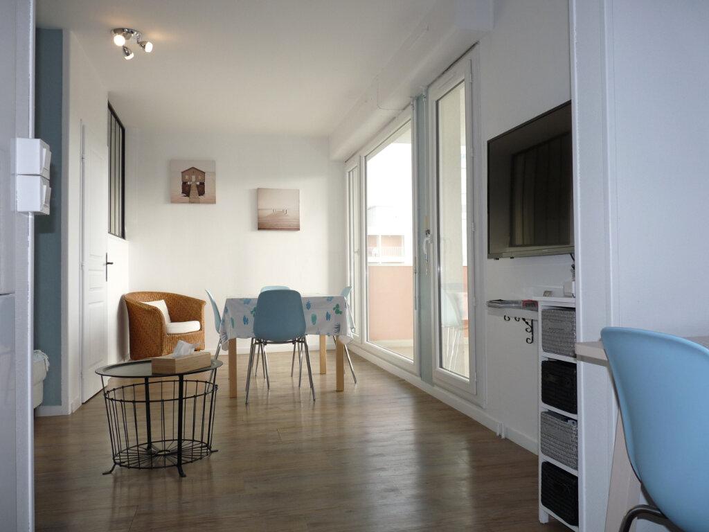 Appartement à vendre 2 42m2 à Royan vignette-6
