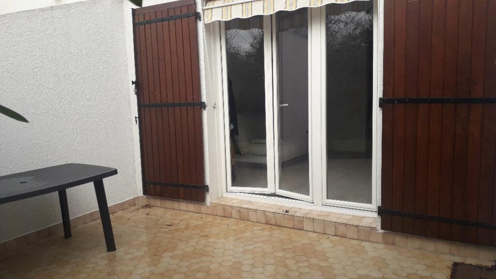 Appartement à vendre 1 27m2 à Royan vignette-1