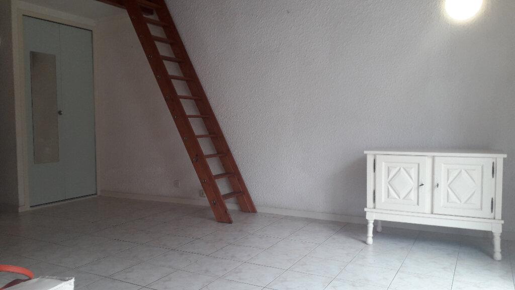 Appartement à vendre 1 27m2 à Royan vignette-3