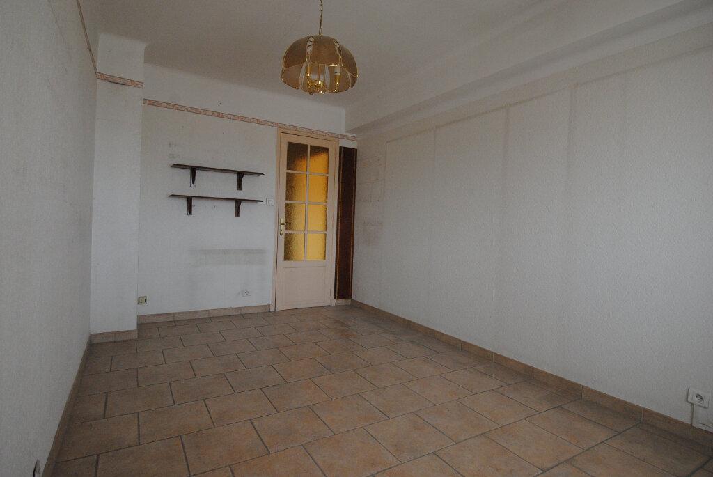 Appartement à vendre 3 77m2 à Manosque vignette-4