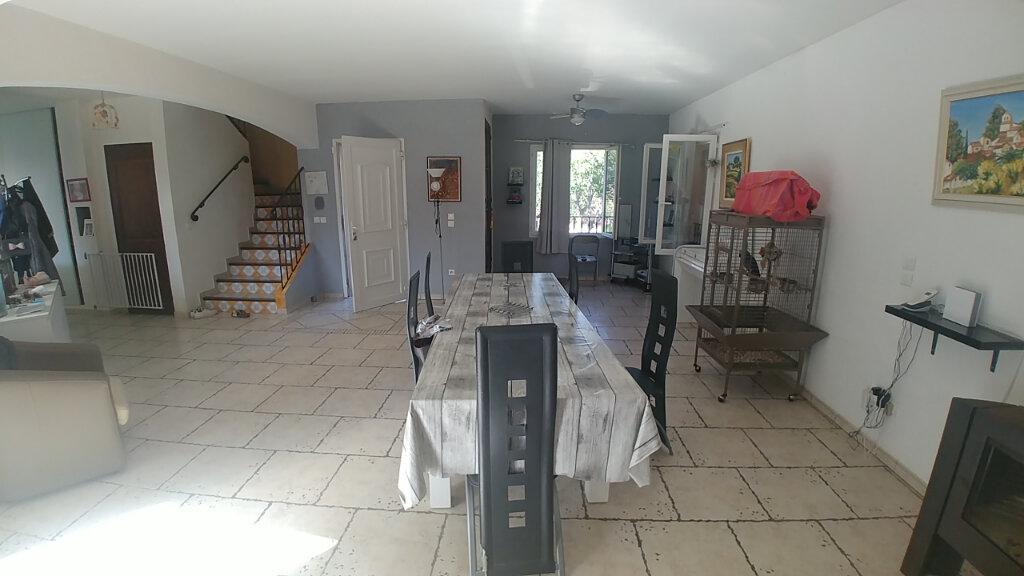 Maison à vendre 7 202m2 à Sainte-Tulle vignette-3