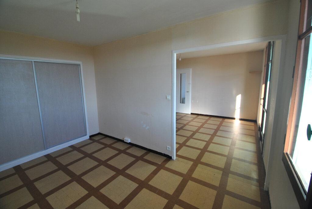 Appartement à vendre 4 69m2 à Manosque vignette-1