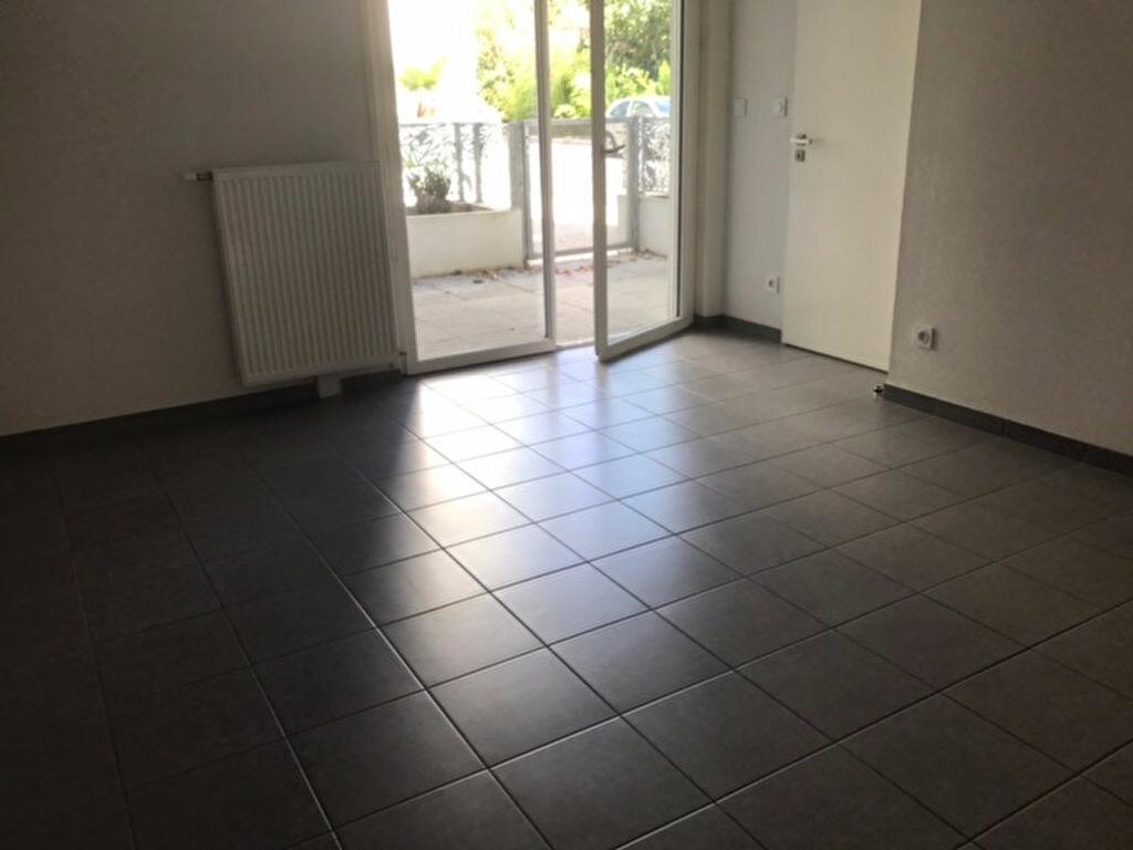Appartement à louer 2 43.31m2 à Toulouse vignette-3
