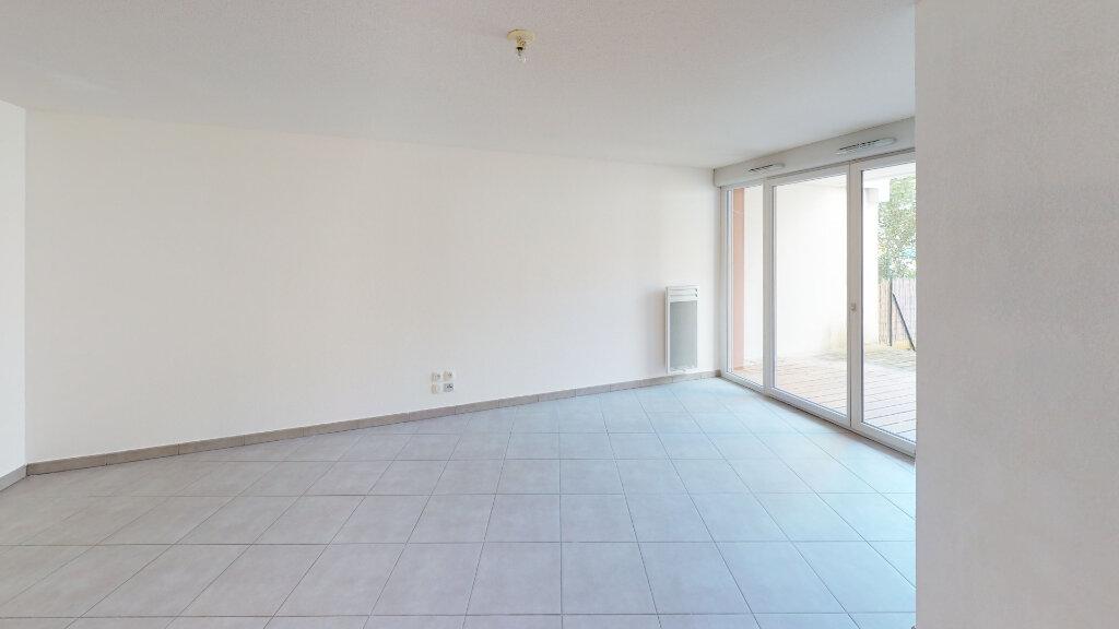 Appartement à louer 3 63m2 à Toulouse vignette-3