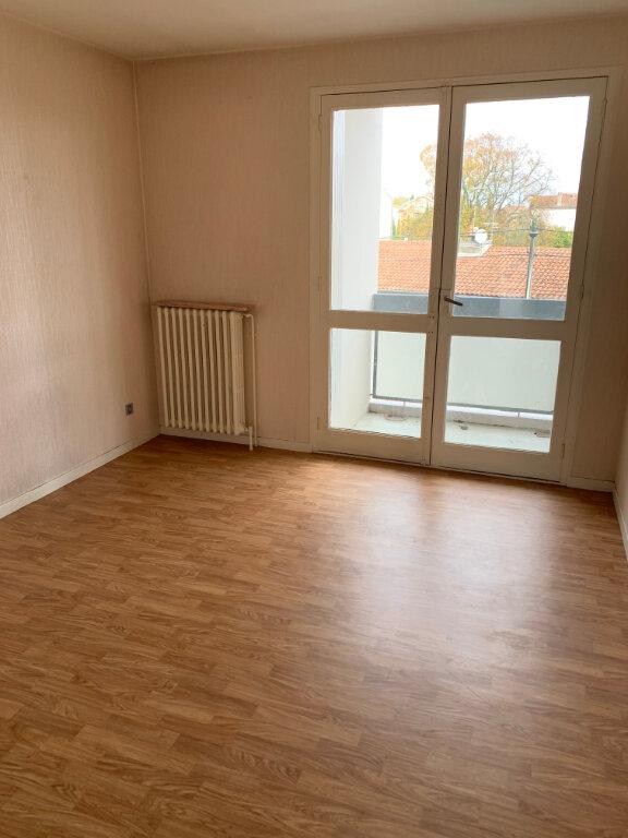 Appartement à louer 4 86m2 à Toulouse vignette-2