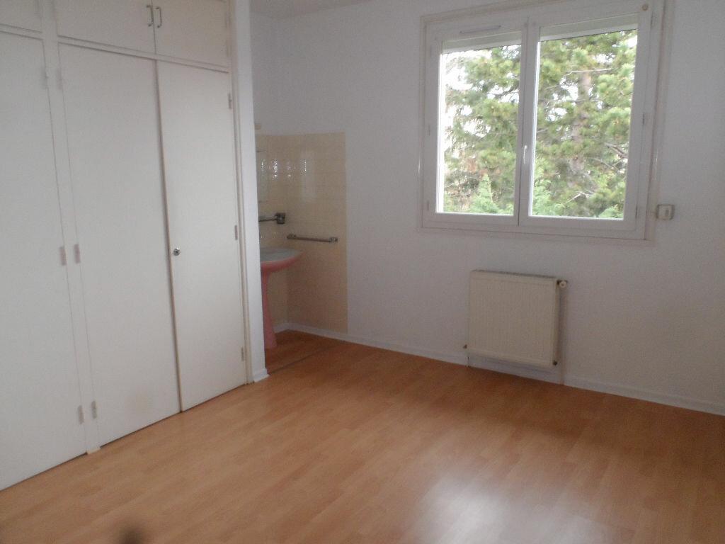 Maison à louer 5 126.01m2 à Saint-Jean vignette-5
