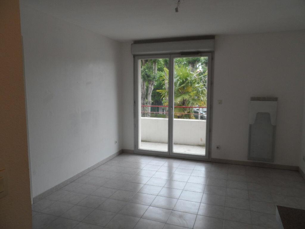 Appartement à louer 2 35.31m2 à Toulouse vignette-2