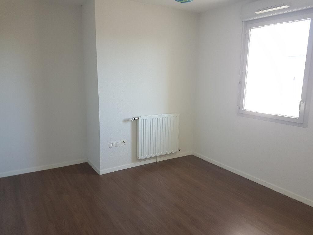 Appartement à louer 3 58m2 à Toulouse vignette-4