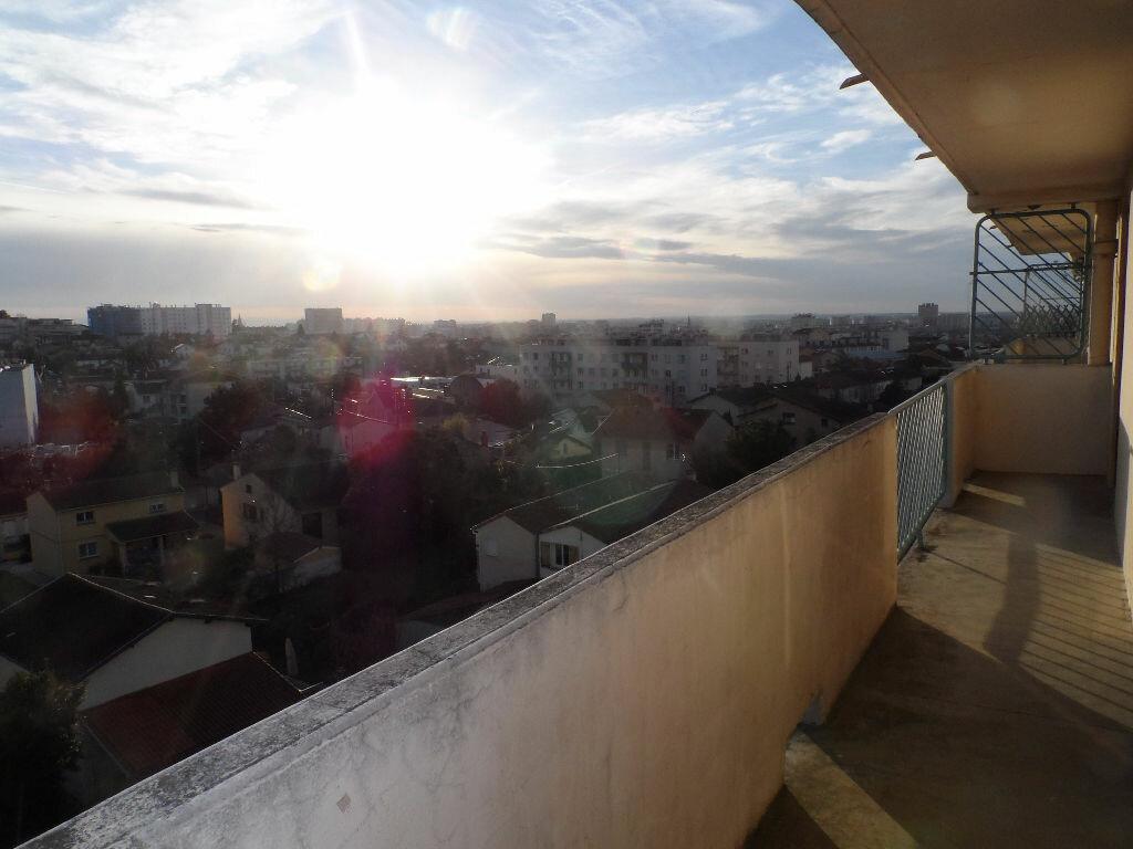 Appartement à louer 3 60m2 à Toulouse vignette-4