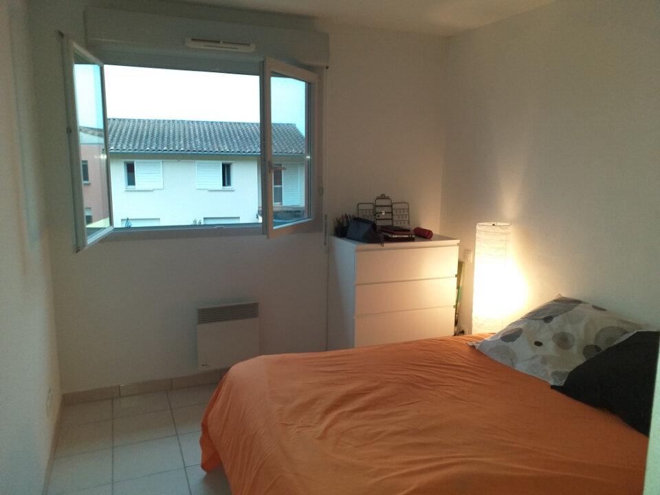 Appartement à louer 3 60.13m2 à Grenade vignette-4