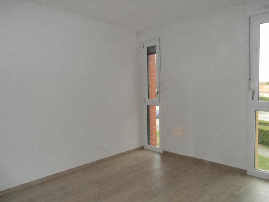 Appartement à louer 3 61.5m2 à Cugnaux vignette-2