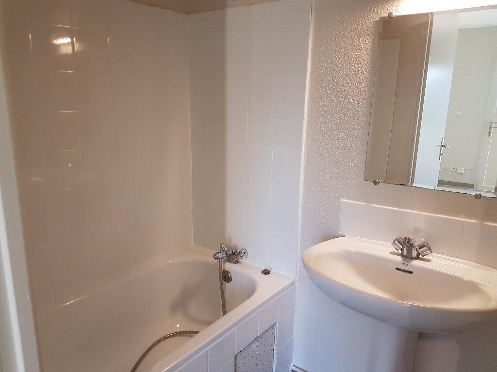 Appartement à louer 1 22m2 à Toulouse vignette-4