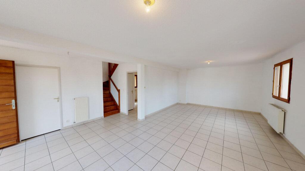 Maison à vendre 4 116.18m2 à Daux vignette-3