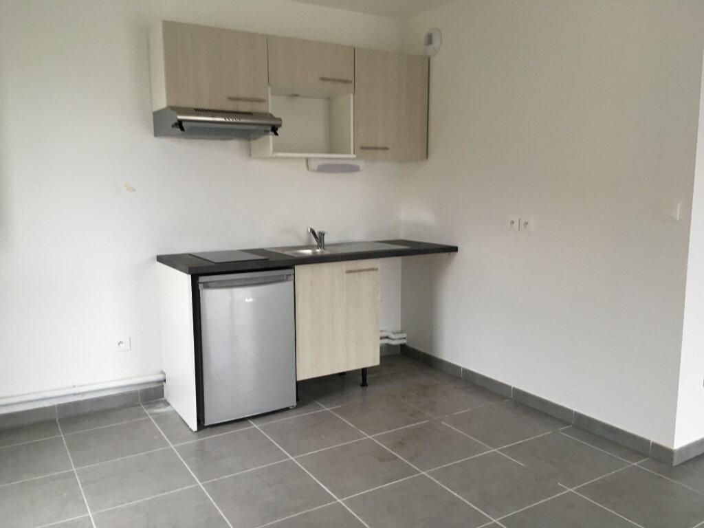 Appartement à louer 2 46.41m2 à Cugnaux vignette-2