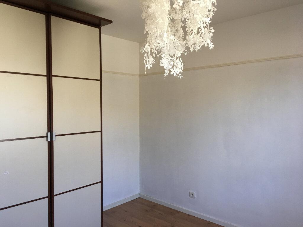 Maison à louer 4 100.4m2 à Plaisance-du-Touch vignette-6