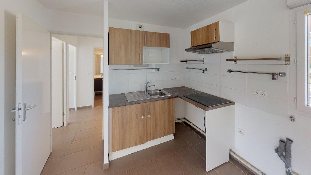 Appartement à louer 3 60.62m2 à Tournefeuille vignette-2