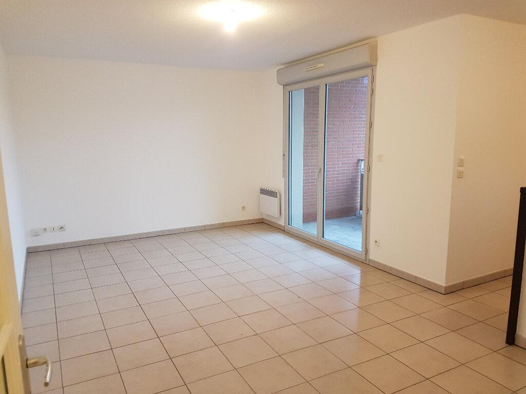 Appartement à louer 3 56.32m2 à Pibrac vignette-2