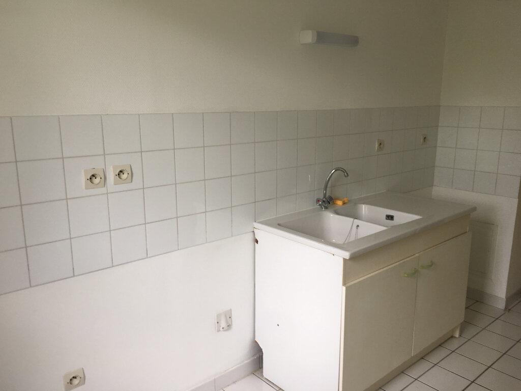 Appartement à louer 3 66m2 à Toulouse vignette-3