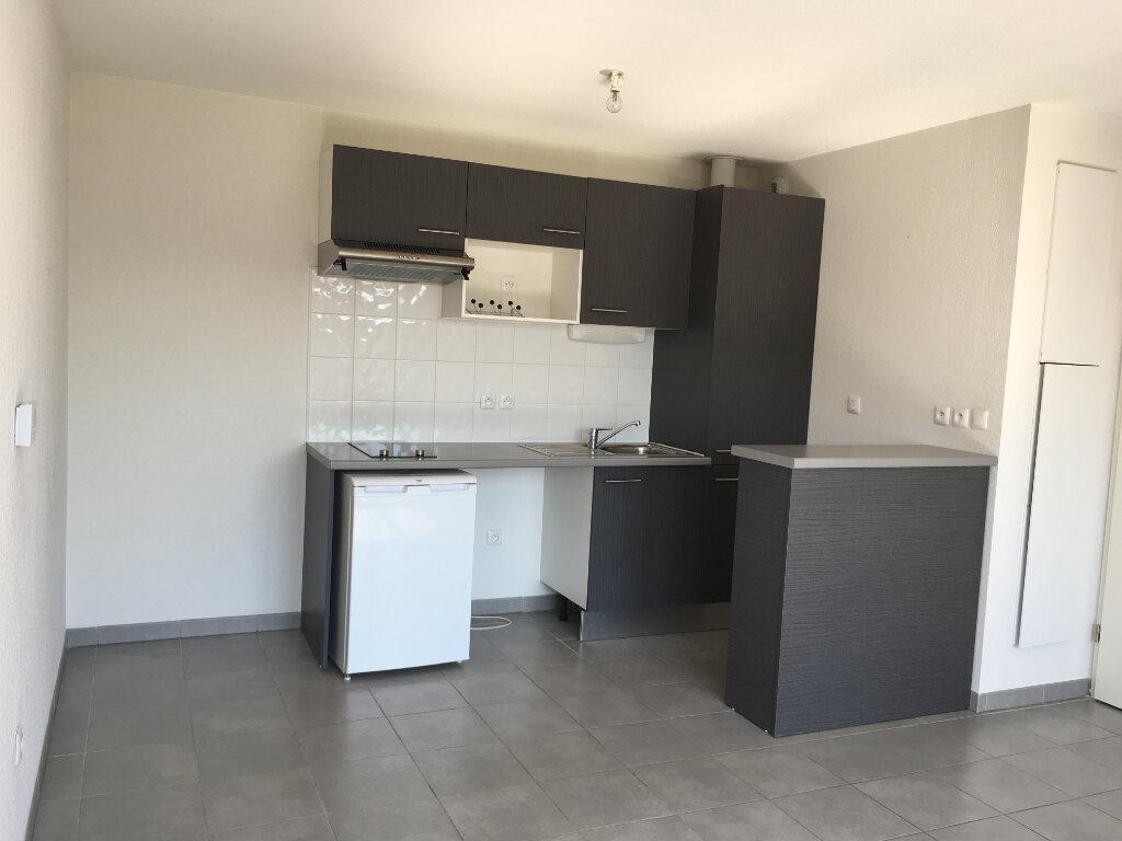 Appartement à louer 2 41.28m2 à Fonbeauzard vignette-2