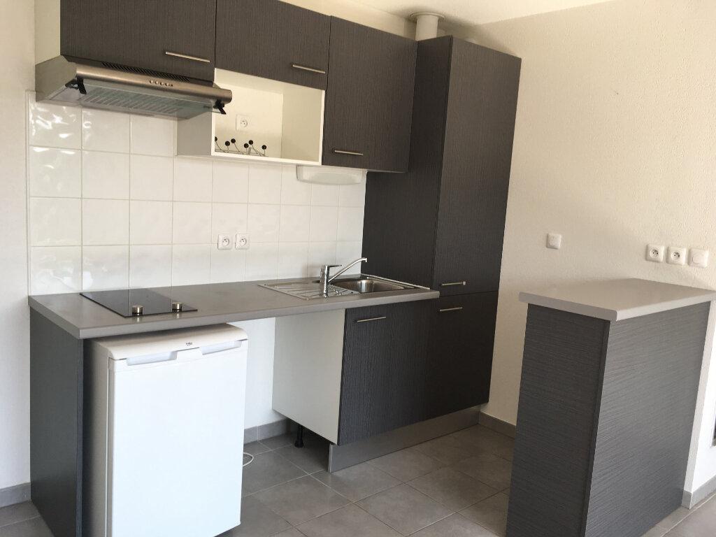 Appartement à louer 2 41.28m2 à Fonbeauzard vignette-3
