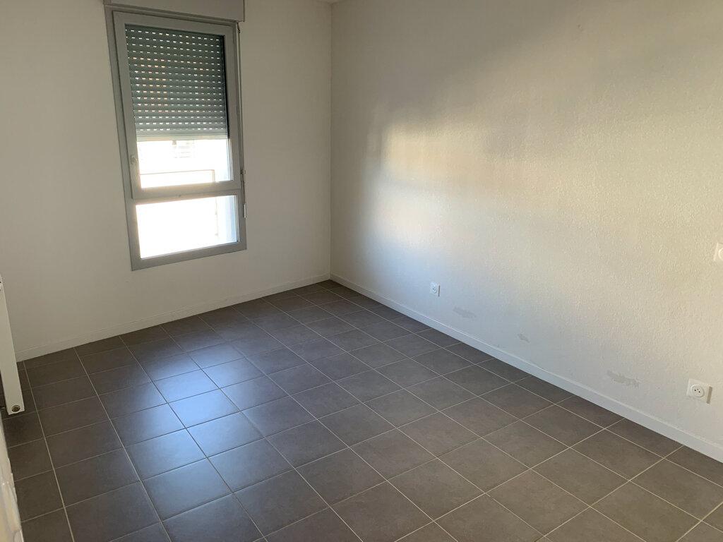 Appartement à louer 2 38.29m2 à Toulouse vignette-4