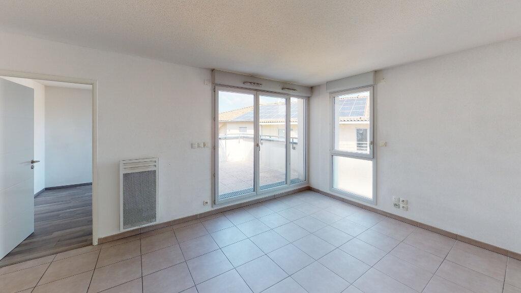 Appartement à louer 3 58.62m2 à Toulouse vignette-3