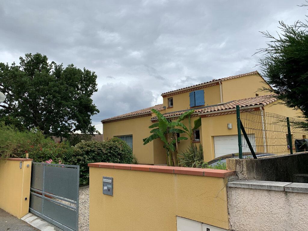 Maison à louer 6 167m2 à Saint-Jean vignette-1