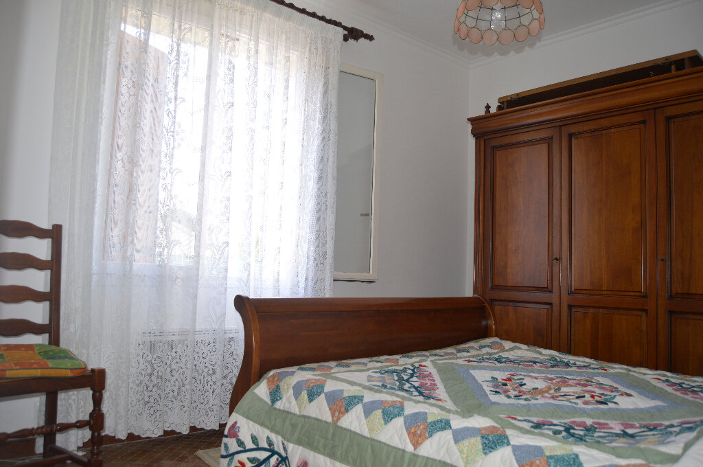 Maison à vendre 5 94m2 à Saint-Paul-Trois-Châteaux vignette-8