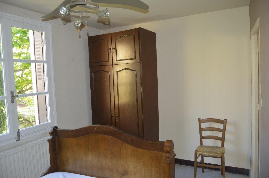 Appartement à louer 3 49.25m2 à Saint-Paul-Trois-Châteaux vignette-4