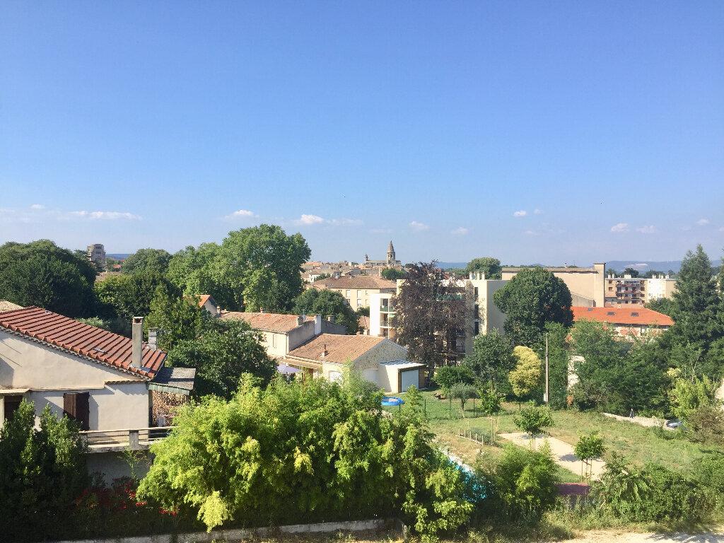 Appartement à vendre 3 56m2 à Bourg-Saint-Andéol vignette-9