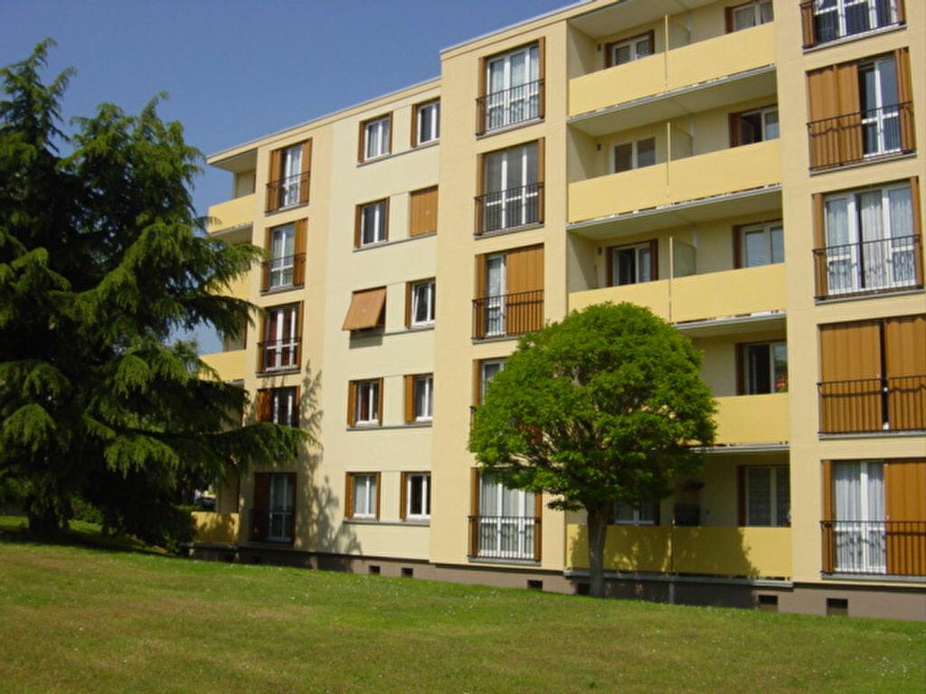 Appartement à louer 2 49m2 à Brou-sur-Chantereine vignette-1