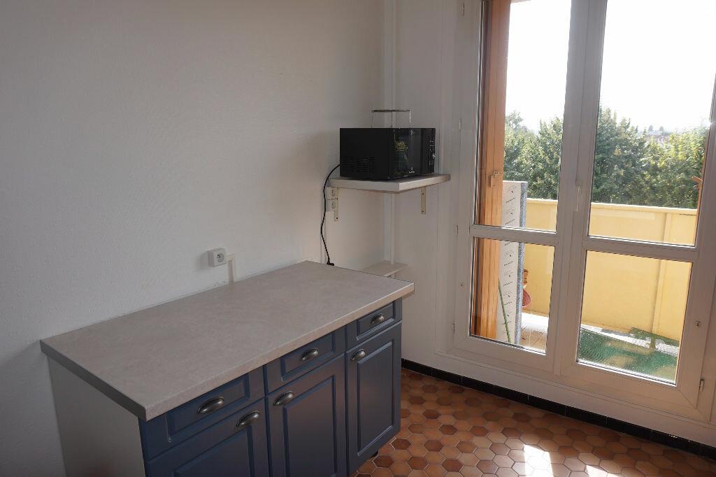 Appartement à louer 2 49m2 à Brou-sur-Chantereine vignette-6