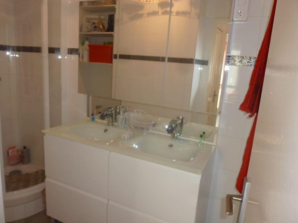 Appartement à louer 2 50m2 à Brou-sur-Chantereine vignette-5