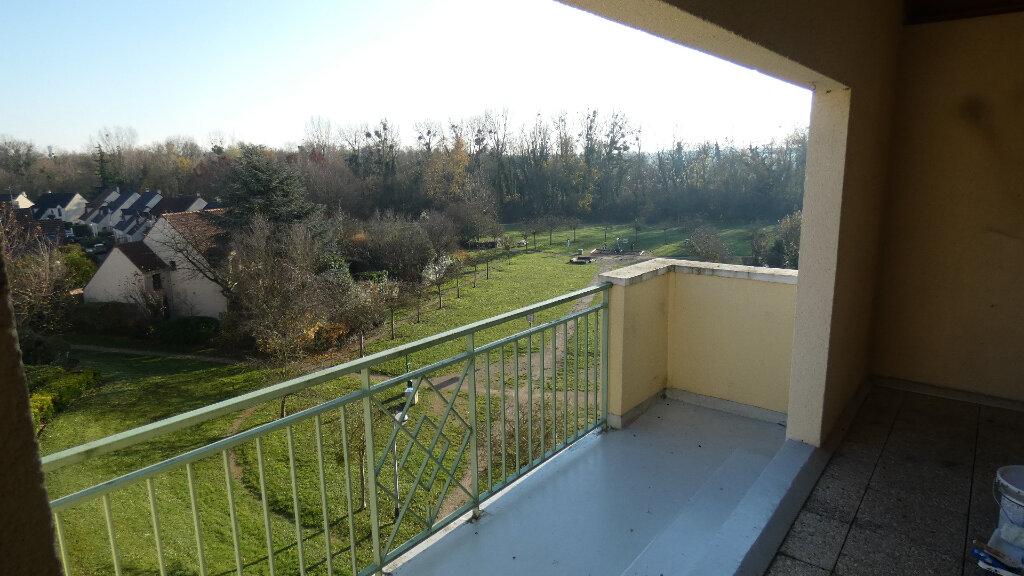 Appartement à louer 2 60m2 à Vaires-sur-Marne vignette-2