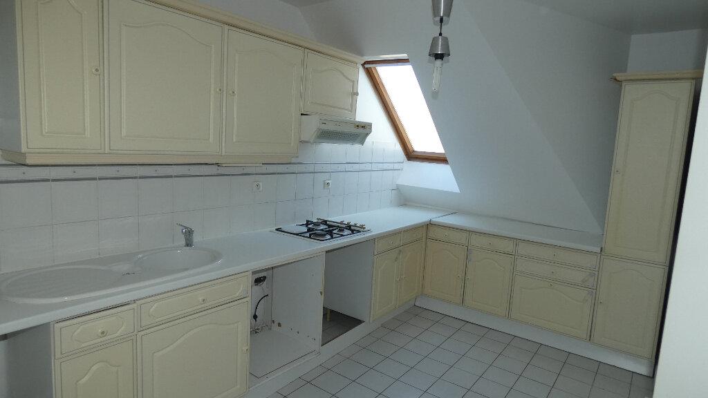 Appartement à louer 2 60m2 à Vaires-sur-Marne vignette-3