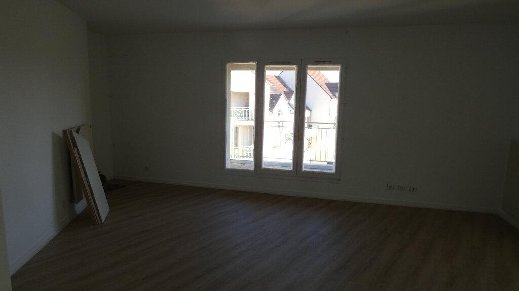 Appartement à louer 2 60m2 à Vaires-sur-Marne vignette-5