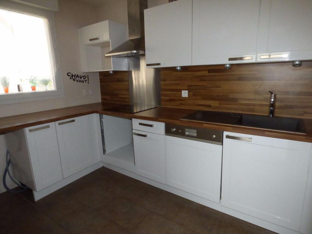 Appartement à louer 3 64m2 à Vaires-sur-Marne vignette-1