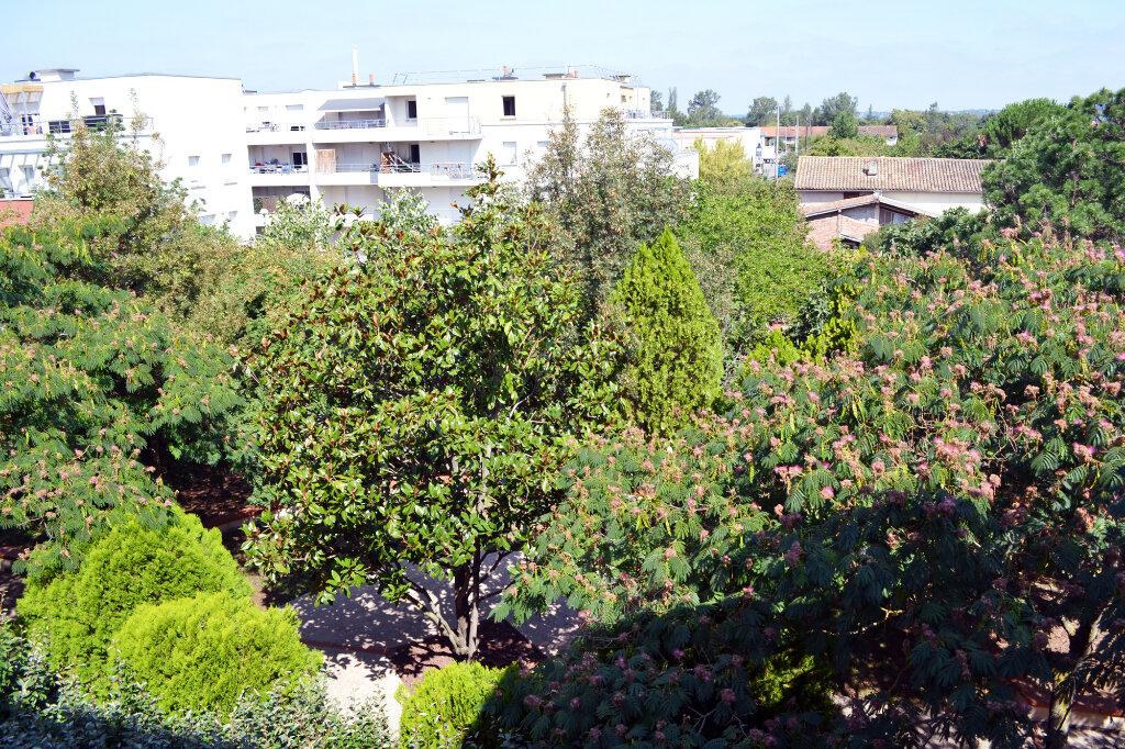 Appartement à louer 3 59.44m2 à Toulouse vignette-6