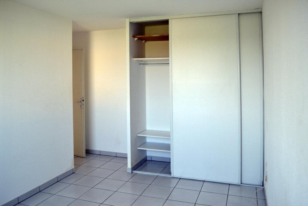 Appartement à louer 3 59.44m2 à Toulouse vignette-8